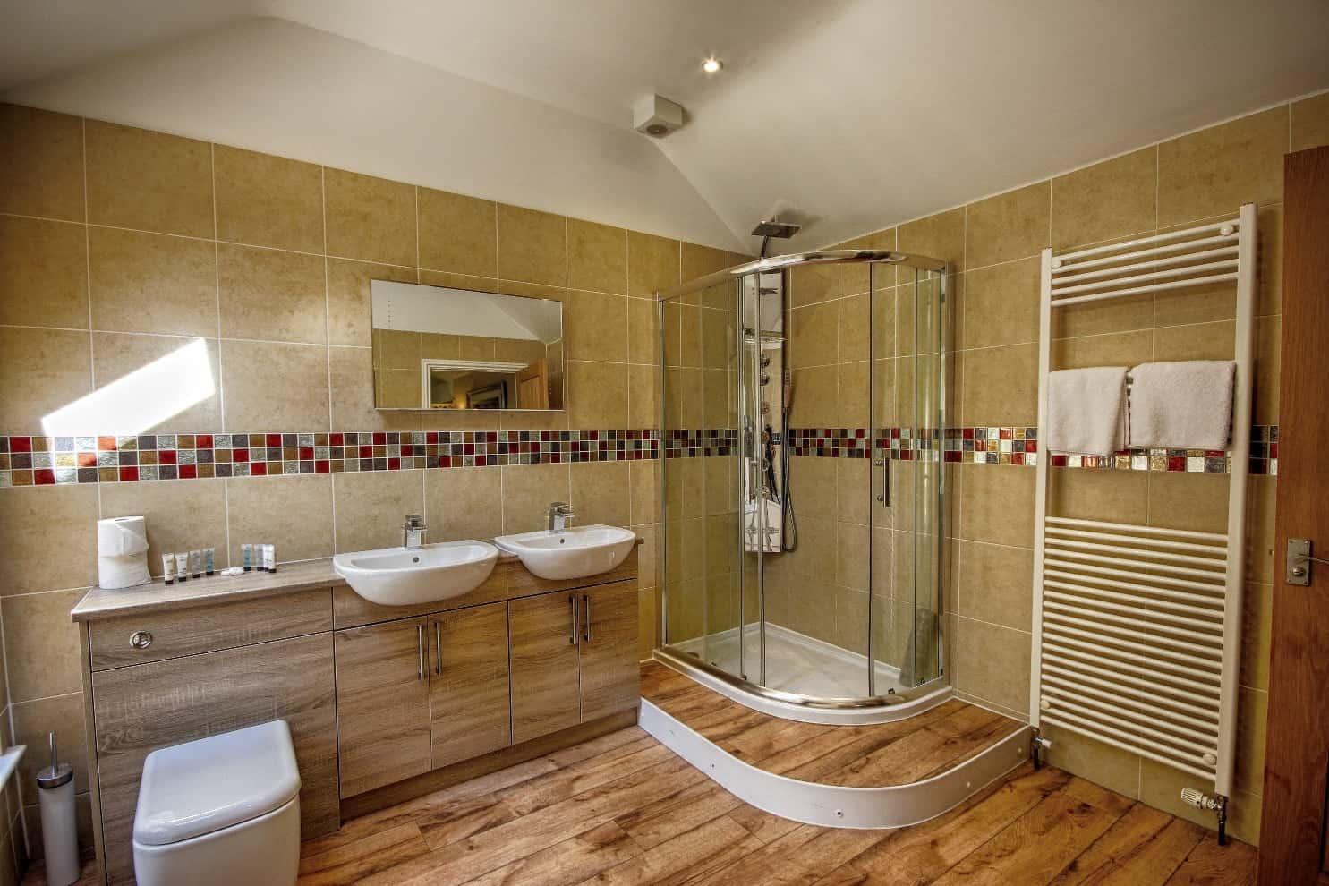 Willow Suites Bathroom Felbrigg Lodge Hotel North Norfolk