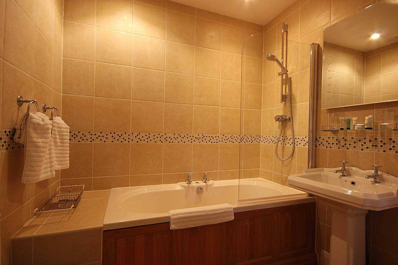 Bracken Bathroom1296X864